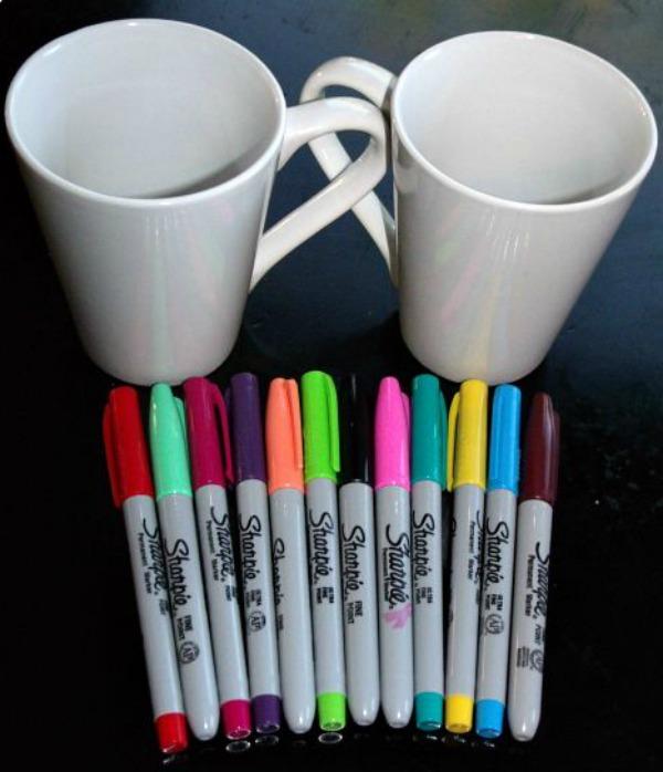 plain white mugs, sharpie pens, christmas mug.  eventandpartyideas.com