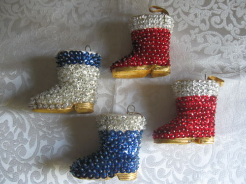 sequin-santa-boots, handmade Christmas ornaments. eventandpartyideas.com