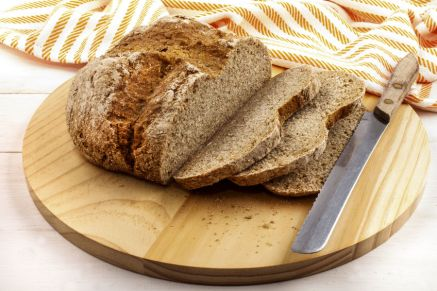 65272968 - sliced irish soda bread on a wooden plate and bread knife, st. patricks day, party, bread, brown bread. eventandpartyideas.com